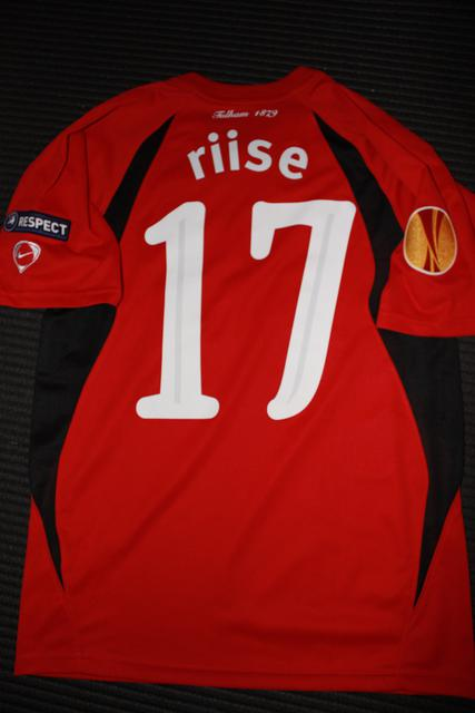 Riise Europa League shirt