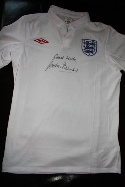 2010 England shirt, signed by Gordon Banks